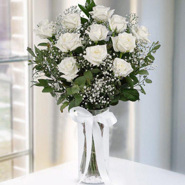 Kırıkkale Vazoda 11 Beyaz Gül