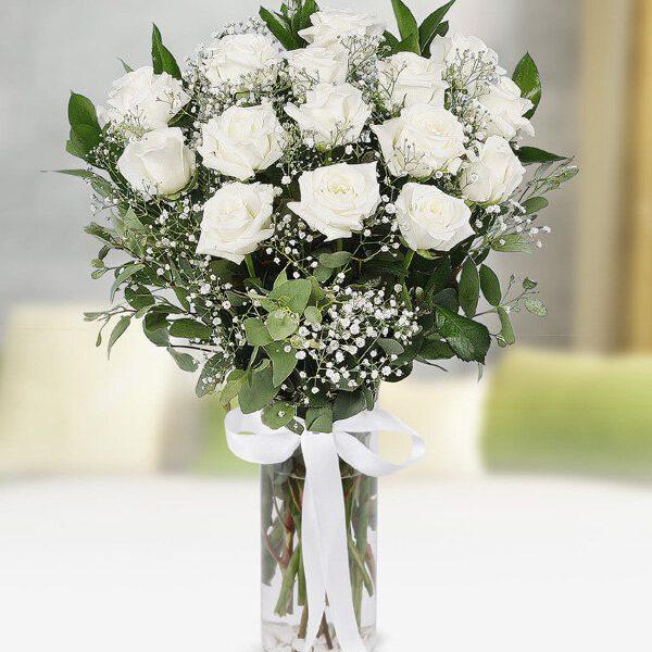 Kırıkkale Vazoda 15 Beyaz Güller